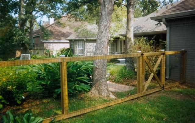 Wood Framed Wire Fence Residential Fencing Scout Fencing Company 1008 Oneal Dr Breaux Bridge Dog Fence Wire Fence Backyard Fences