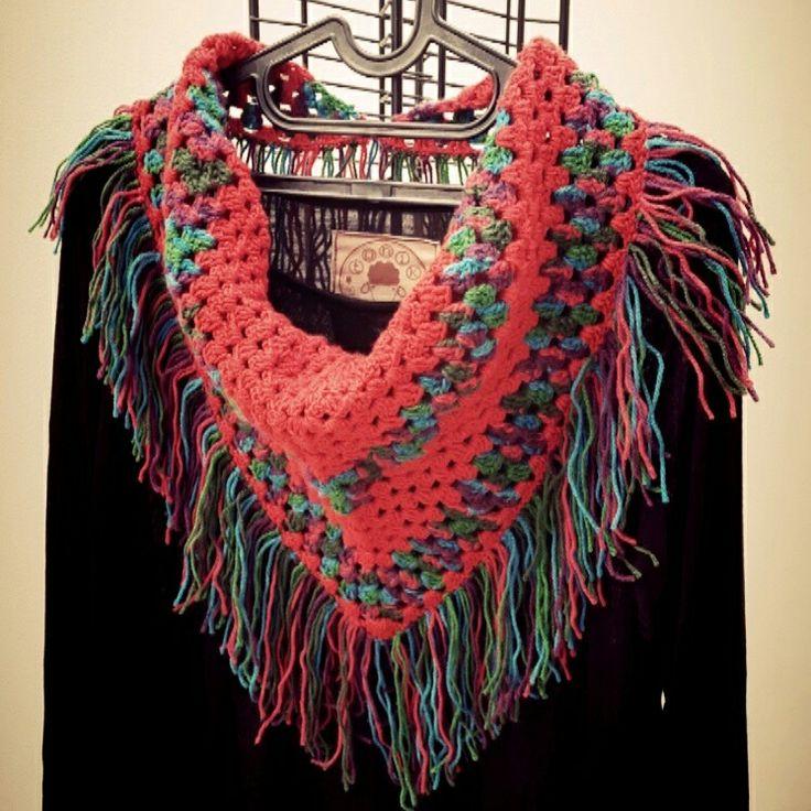 Ceochet triangle shawl