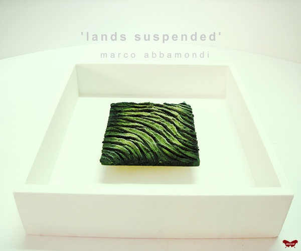 "Serie ""Lands suspended"""