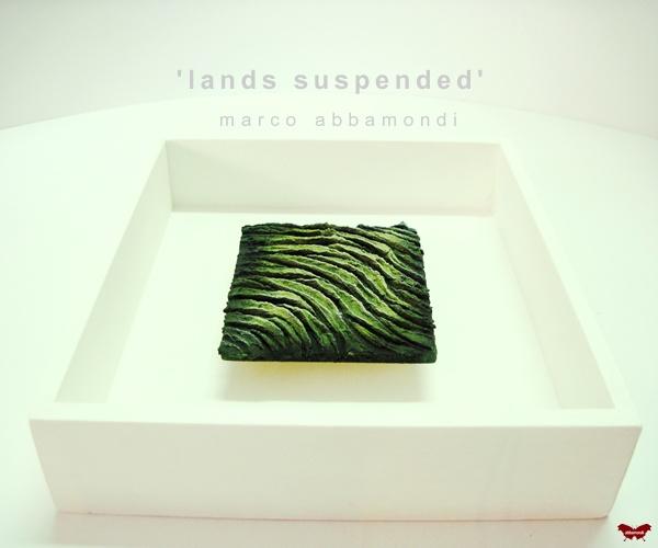 "Serie ""Lands suspended"""