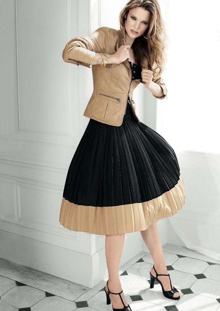 les 25 meilleures id es de la cat gorie manteau femme pour ceremonie sur pinterest c r monie. Black Bedroom Furniture Sets. Home Design Ideas