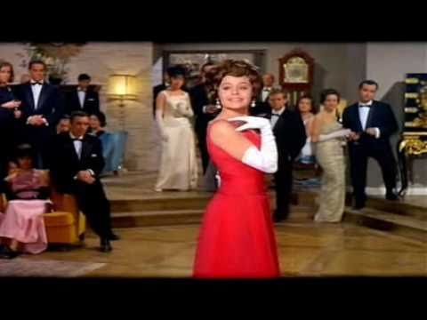 """""""Más bonita que ninguna"""" - ROCIO DURCAL (Más bonita que ninguna 1965)"""