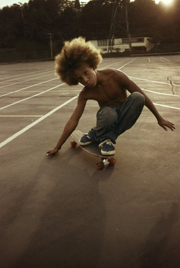 hugh holland Venice in the 70's LA DOGS (i really want this skate board!!!!) (.. aslo his hair<3)