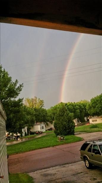 KTIV: It takes 2 Double Rainbow outside my door