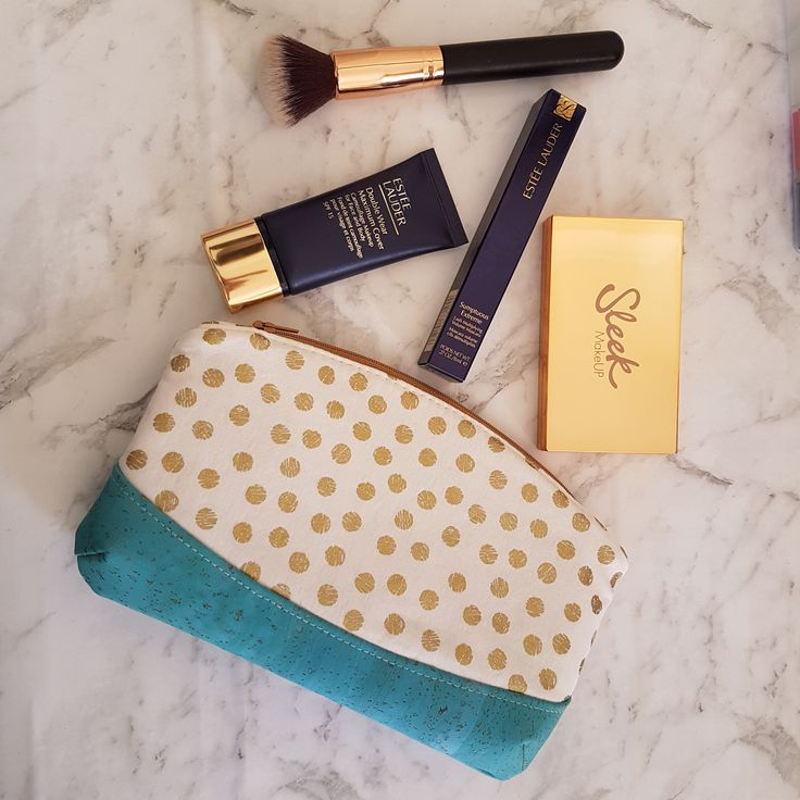 Makeup bag Cosmetic bag Toiletries bag Bridesmaid gift Gift for her Present for her Gift under 30 Sustainable cork material Birthday Gift by TumbletreeLane on Etsy