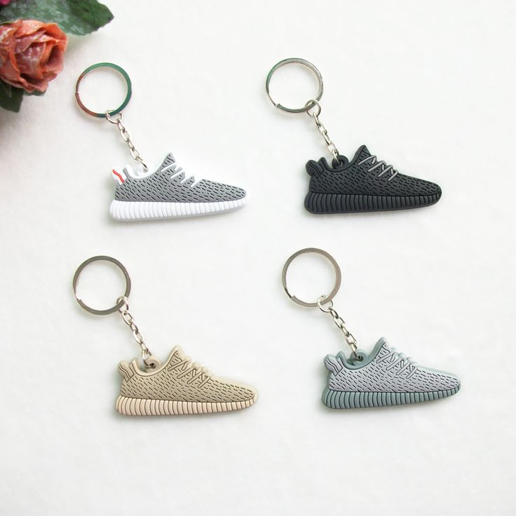 Cute Silicone Yeezy 350 Boost Key Chain Sneaker Keychain Kids Key Rings Key Holder Llaveros Chaveiro Porte Clef