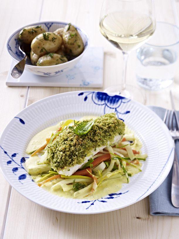 Unser beliebtes Rezept für Dorsch mit Kruste  zu Julienne-Gemüse und Dillkartoffeln und mehr als 55.000 weitere kostenlose Rezepte auf LECKER.de.