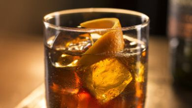NOVA RECEITA Já provou o Cocktail com sabor a Verão? Uma bebida refrescante e simples! 🍸 #Cocktail_com_sabor_a_Verão_Jameson_Ginger_Ale_Lima #receitas #bebidas #verão