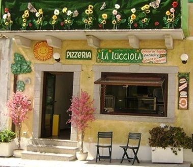 Great Pizza to take away in Santa Teresa di Gallura - La Lucciola