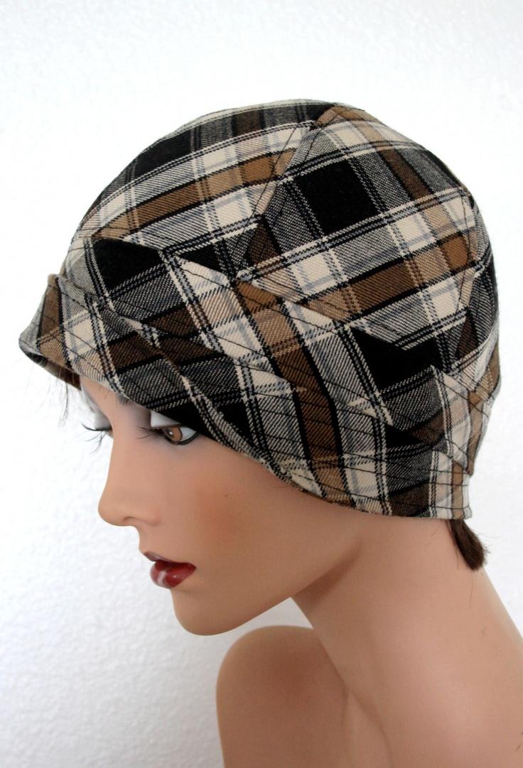Chapeau cloche en lainage 1
