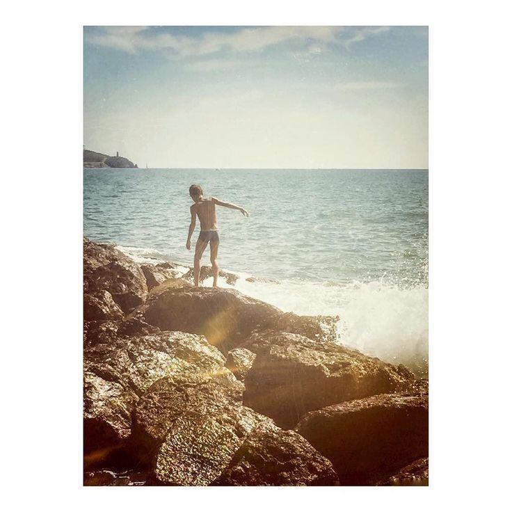 Imarchi    Fearless boy _ Chico intrépido (2)   #fearless #seaside #waves #mar #ocean #seascape #praia #playa #wave #ripples #coast #seashore #shore #beachlife #oceano #seaview #walk #walking #waterfoam #verano #plage #horizon #vacaciones #beachday #sealovers #platja    See it in Instagram http://ift.tt/2w3KXK7 imarchi imarchi.com photographer fotografo Madrid Spain photography Phoneography iPhoneograp imarchi imarchi.com photographer fotografo Madrid Spain photography photo foto iphone…