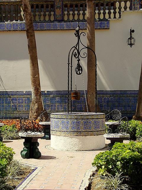 Pozo del patio de la casona de Doña Dolores Amelia Núñez de Cásares. Quien fue pareja del General Gómez en Maracay (Venezuela) y madre de sus hijos Gómez Núñez.