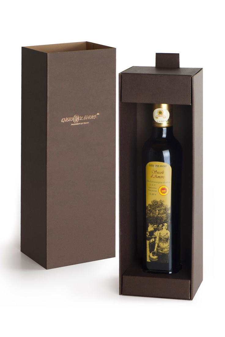 """$18.40 - oil gift set """"Secoli D'Amore"""" - extra virgin oliveoil Aprutino Pescarese PDO 0,50 L. A Superb oil #typical of# Abruzzo.# Flavorful, bitter and spicy are well perceptible. Ideal for grilling meat, goat and sheep cheeses, fish soups and legumes soups - #EVOO gift ideas - corporate gifts - olio extravergine di oliva #DOP italiano -"""