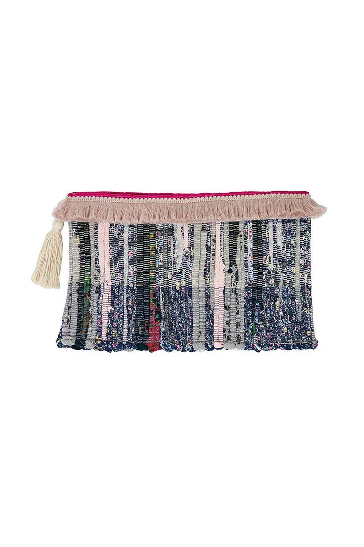 Shop : K.Pink Clutch
