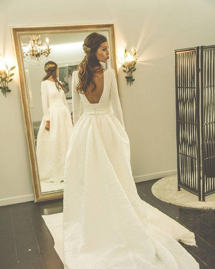 "1,614 Likes, 58 Comments - Beba's Closet (@bebascloset) on Instagram: ""Removable skirts for special couture brides // Faldas desmontables para novias de costura tan…"""