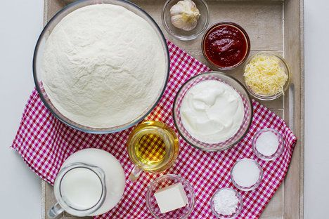 My langoše doplnili klasickým triem česnek-kečup-sýr; Greta Blumajerová