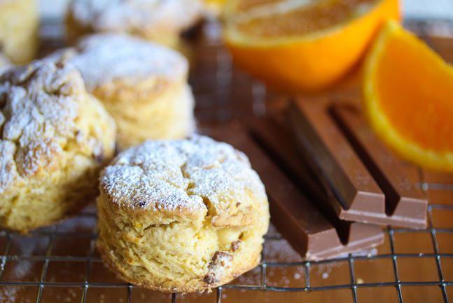 Scones med appelsin og Kvikk Lunsj