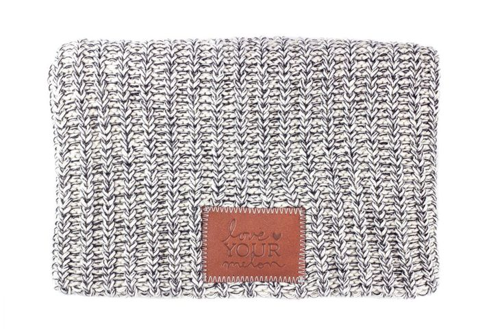 Navy Speckled Beanie – Love Your Melon