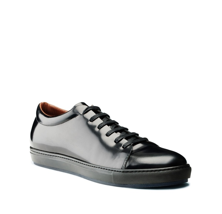 how to get rid of scratches on leather shoes