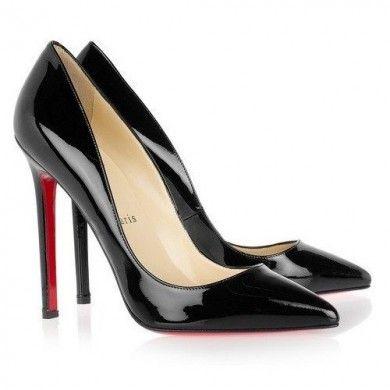 SCARPIN PRETO - Scarpin de couro ecológico em verniz inspirado nos modelos de Christian Louboutin, com salto de 11,5cm. Este modelo possui o solado vermelho. Sapato Importado. Pronta Entrega Tamanho 38. VALOR R$ 299,00