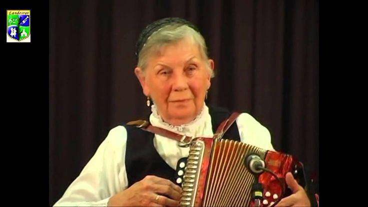 """Margit Wache  """"Der alte Jäger...""""   """"Drunten im Tale..."""""""