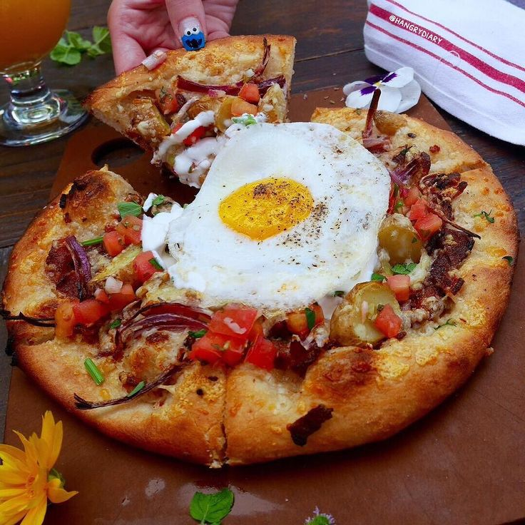 Today's goal: Add this to your bucket List !! | hangrydiarysavory @restaurationlb 2708 E 4th St Long Beach CA 90814  Sunrise on 4th Pizza  12   find us on Snapchat: hangrydiary Tag your friends