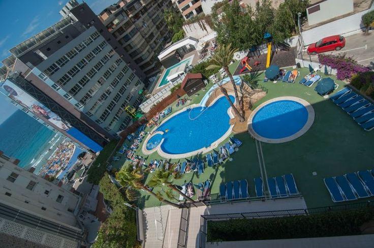 La piscina desde otro punto de vista
