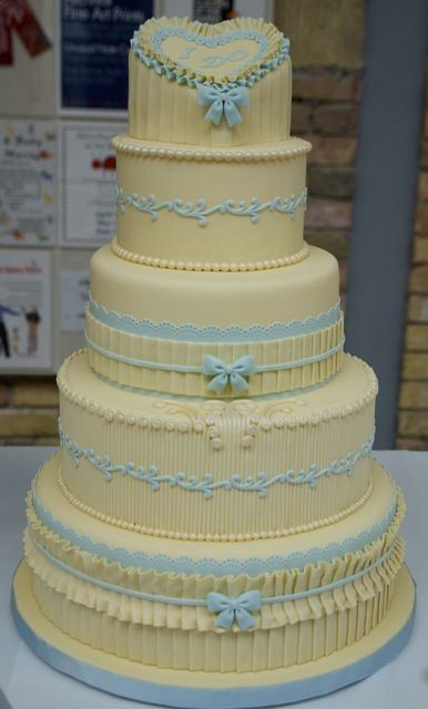 1000+ ideas about Cake Show on Pinterest Vintage cakes ...