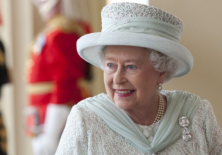 Elizabeth II of the United Kingdom | But at the age of 86, Queen Elizabeth II shows no sign that she plans ...