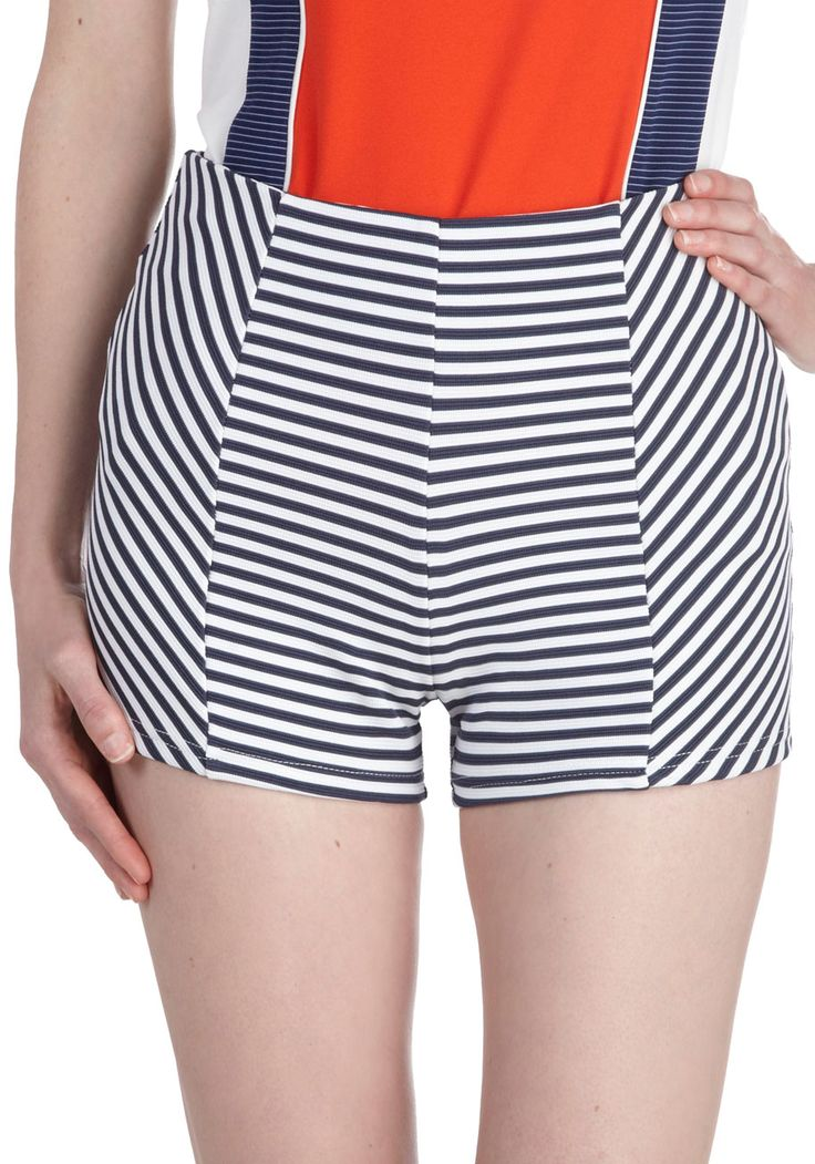 Love what the direction of these stripes do for the hips! Cute! - DLGH Marina on My Mind Shorts | Mod Retro Vintage Shorts | ModCloth.com