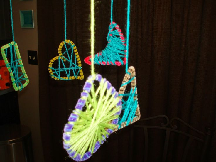 pipe cleaner dream catcher fun and easy kid activity from