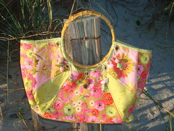 Hey, I found this really awesome Etsy listing at https://www.etsy.com/listing/248586884/pink-and-green-floral-quilted-tote-purse
