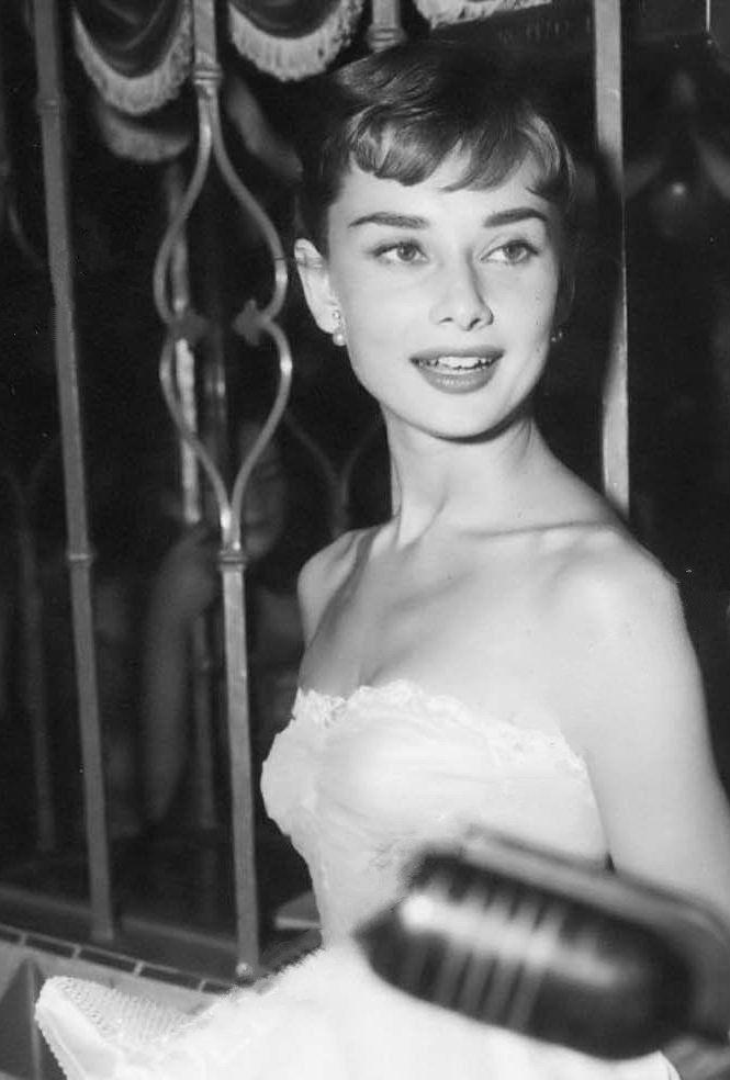 Audrey Hepburn, c.1954