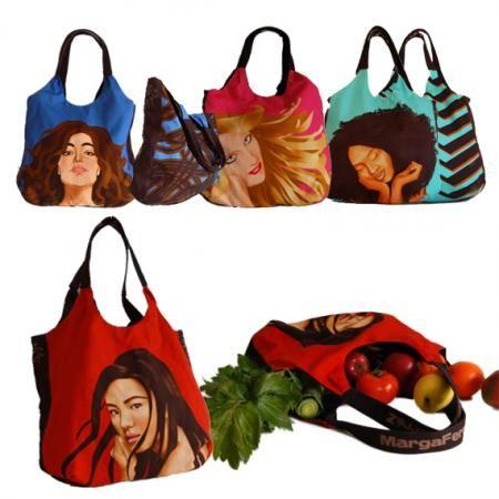 En colaboración con Marga Ferrez presentamos estas magníficas bolsas de la compra que en un momento dado también pueden ser unos amplios bolsos. En cualquiera de los dos casos tienes garantizadas las miradas de envidia.