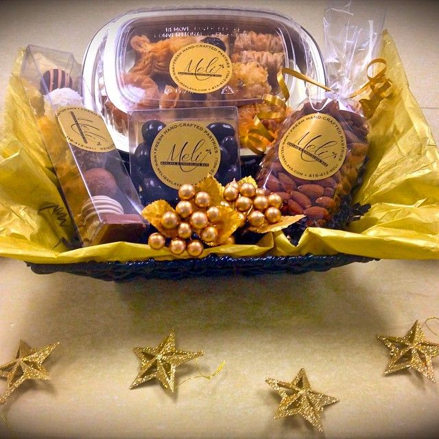 Amazing Holiday Gift Baskets with hand-made gourmet Baklava & Chocolates! Toronto tel 416-412-6354
