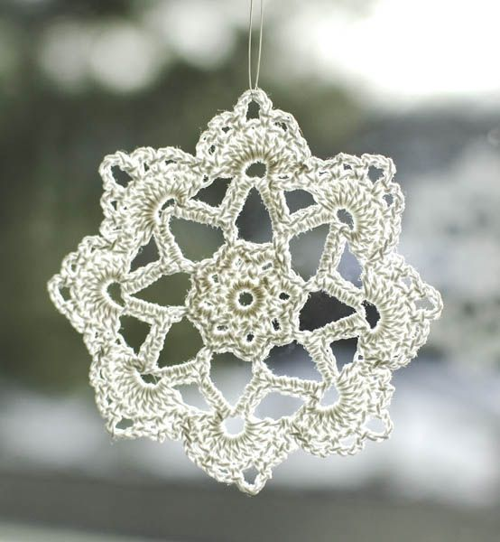 Grandma Jennie's Snowflake Pattern: Part 2 - Petals to Picots