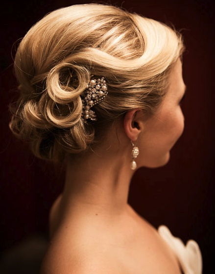 beautiful hair wedding bride and hair pin photography by amelia john