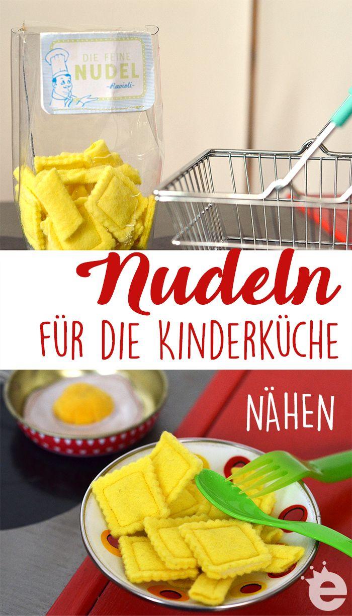 schnell aus Filz genäht: Penne, Makkaroni und Ravioli für die Kinderküche. Spielzeug-Nudeln für den Kaufmannsladen nähen.