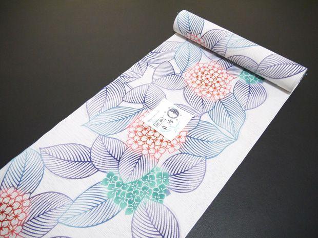 【楽天市場】<本格派レディースゆかた>日本橋 竺仙鑑製 綿絽白地 注染 女性用 高級浴衣【お仕立代込み&送料無料】日本製 ちくせん 反物 綿100% ※仕立ての段階に入ってからのキャンセル等はお断り致します。※反物での販売も行なっております。:帯と和装小物の店 和門なかむら
