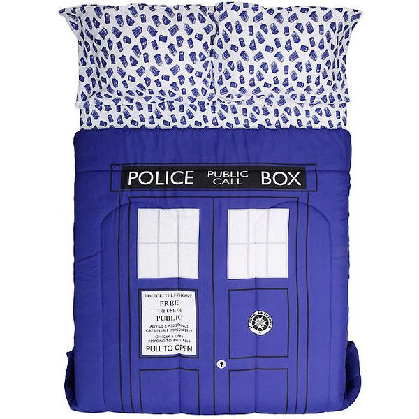 Doctor Who TARDIS Queen Comforter Hot Topic ($15) ❤ liked on Polyvore featuring home, bed & bath, bedding, comforters, queen bedding, queen pillowcases, queen bed linens, polyester comforter and queen comforter