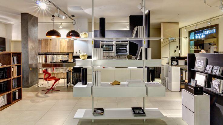 Ed ecco a voi tra i più noti marchi del design contemporaneo italiano: EXTENDO, COPATLIFE, INFINITI DESIGN, FABBIAN, NEFF, FRANKE, GRESPANIA CERAMICHE // Interni Mood 039 - Pistoia