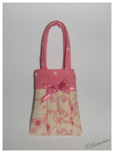 Pink & cream floral Barbie doll bag