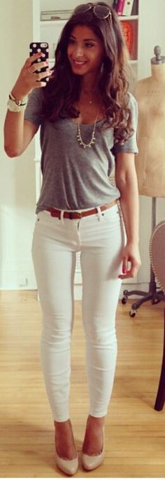 Fashion Street Styles, Casino Outfit Ideas, Casual Chic, Whitejeans, Fall Outfits, Cute Casual Outfits, Casual Grey, White Jeans, Casual Casino Outfit