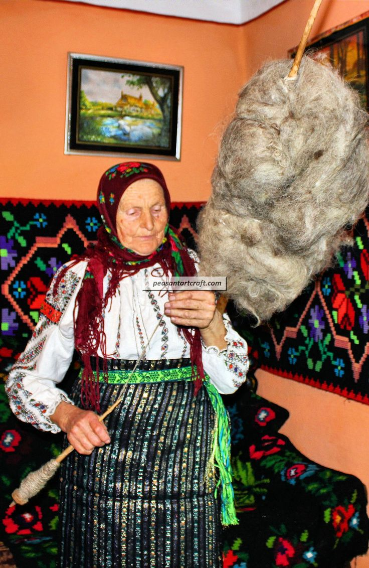 Tofan Magdalena, a genuine peasant from Bukovina spinning wool from a distaff