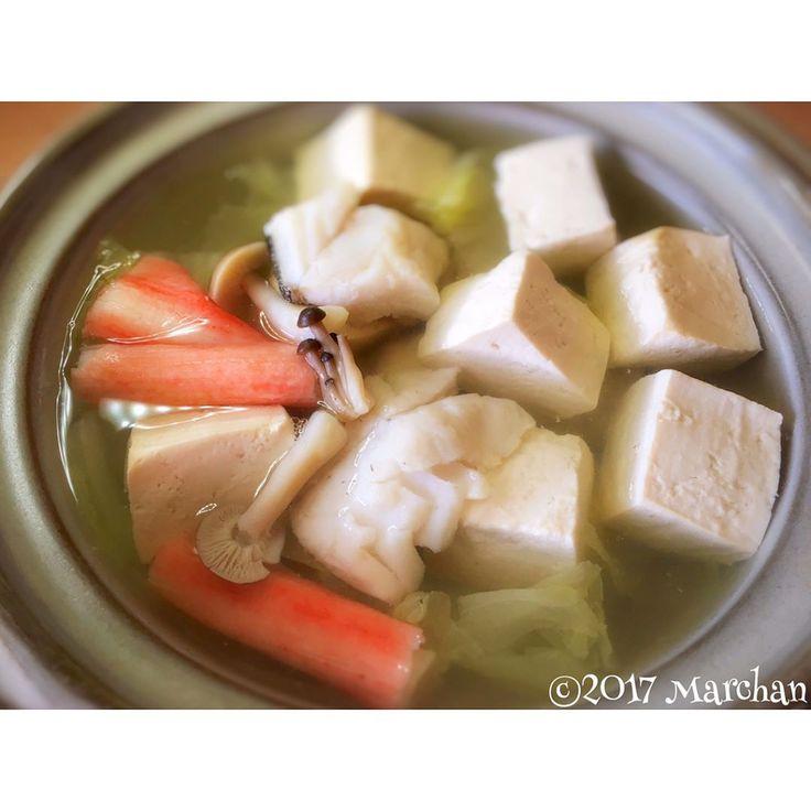決め手は重曹!?普通の豆腐を「とろける湯豆腐」にリメイクする方法 | Linomy[リノミー]