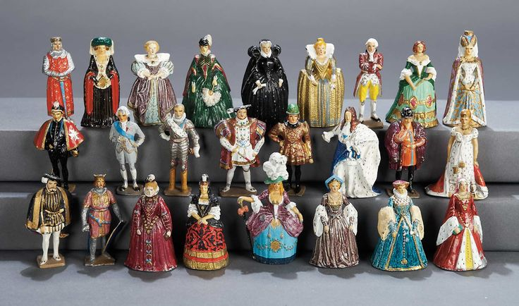 The Legendary Spielzeug Museum of Davos: 347 Collection of 25 Miniature Lead Historical Figures by Gustave Vertunni