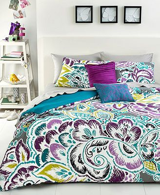 Bedding set I chose for my first apartment Nadia 3 Piece Full/Queen Comforter Set