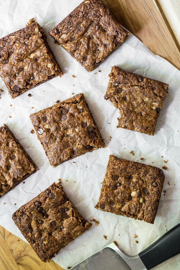 Toffee Cinnamon Oatmeal Cookie Bars (Vegan + Gluten Free)