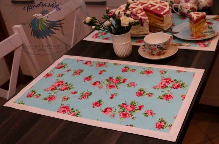 Modrashka: Kwiatowe podkładki dwie i jeden tort.