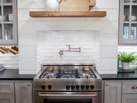 picture backsplash kitchen 1482 best images about fixer joanna amp chip gaines 1482